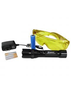 Mastercool 53518-UV-220 Rechargeable UV Flashlight includes a 220V charger.